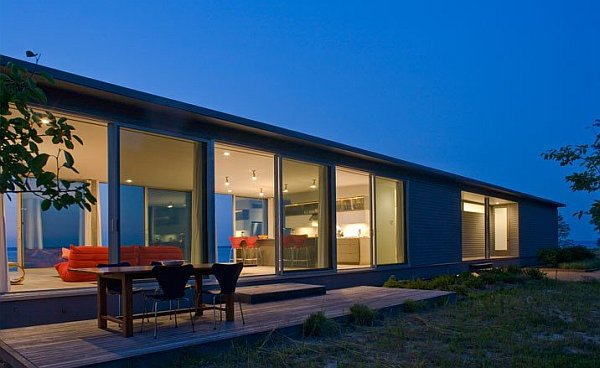 Glass House on Rappahannock River 2 Wrapped in Glass: Rappahannock River House in Virginia