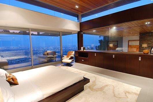 luxurious-property-with-stunning-views-in-la-6