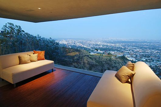 luxurious-property-with-stunning-views-in-la-8