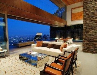 Stunning Views in Los Angeles at 8400 Grand View Drive