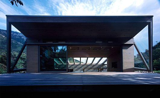 base valley house japan by hiroshi sambuichi 1 Base Valley House, Japan – Hiroshi Sambuichi