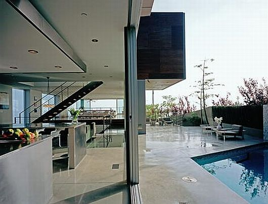 Bueth residence on hollywood hills by spf architects - Maison rogers sturz michael lee architects ...
