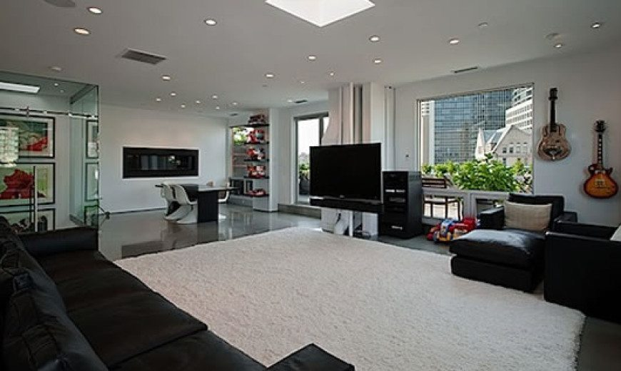 Contemporary Apartment Facelift in Seattle