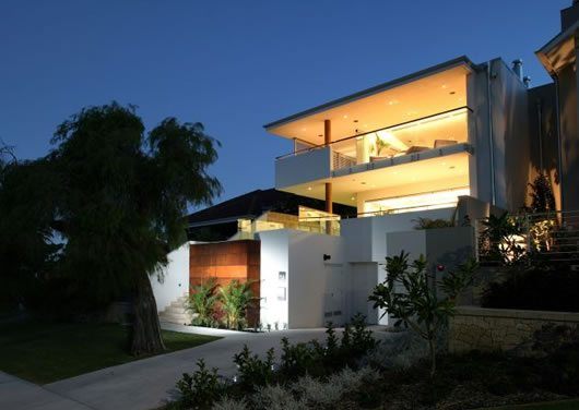 Cottesloe House by Paul Burnham 1 Paul Burnhams Cottesloe House, Fantastic Old Style With a Modern Twist