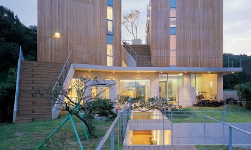 Irregular Shaped Hye Ro Hun House by IROJE KHM Architects