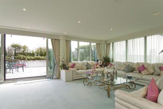 London Luxury Duplex Apartment 10