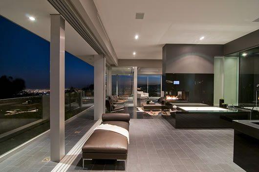 Luxury Home in LA 6