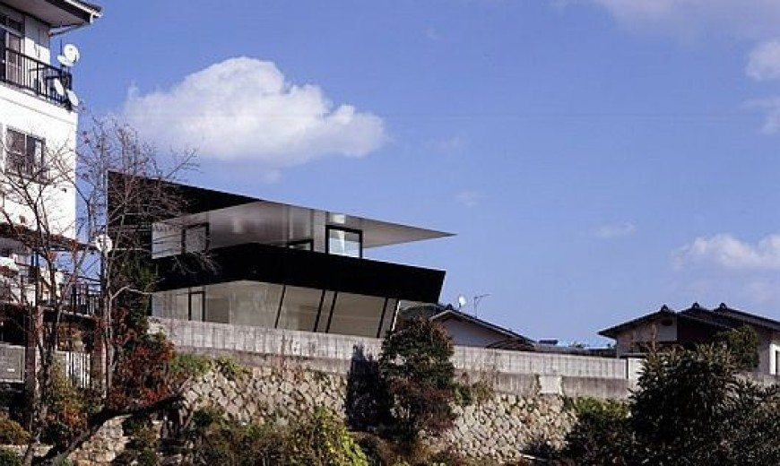 Scenic Mansion With Mountain and Sea View by Suppose Design Office