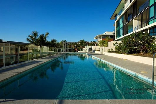 Contemporary Riverside Apartment in Brisbane 11