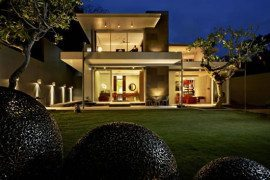 Luna2 Private Hotel in Bali for super-rich clients
