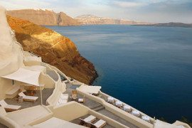 Mystique Hotel in Santorini oversees Aegean Caldera