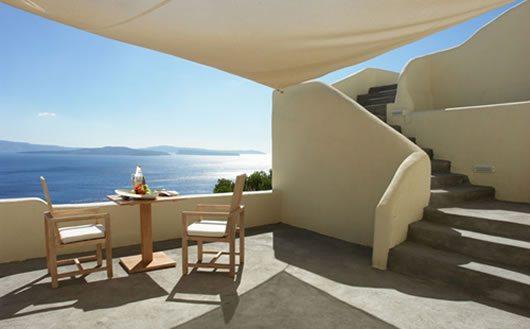 Mystique Hotel in Santorini 5