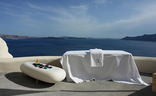 Mystique Hotel in Santorini 7