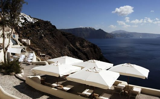 Mystique Hotel in Santorini 9