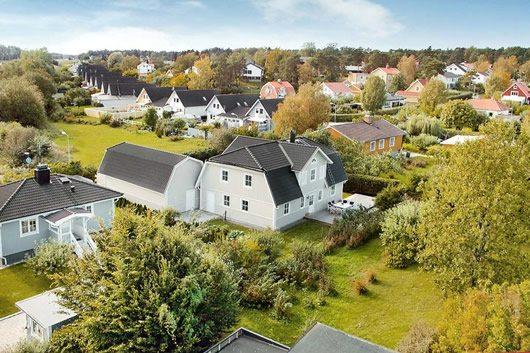 Scandinavian Inspiration, Lavish Contemporary Residence 18