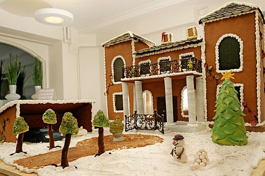 Christmas Decoration World Most Expensive Gingerbread House 1 Worlds Most Expensive Gingerbread House Makes Christmas Special This Year