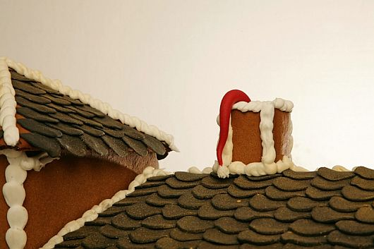 Christmas Decoration – World Most Expensive Gingerbread House 11