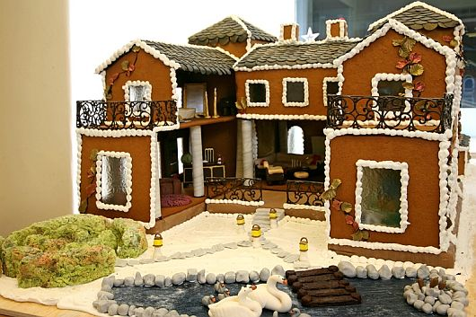 Christmas Decoration World Most Expensive Gingerbread House 2 Worlds Most Expensive Gingerbread House Makes Christmas Special This Year