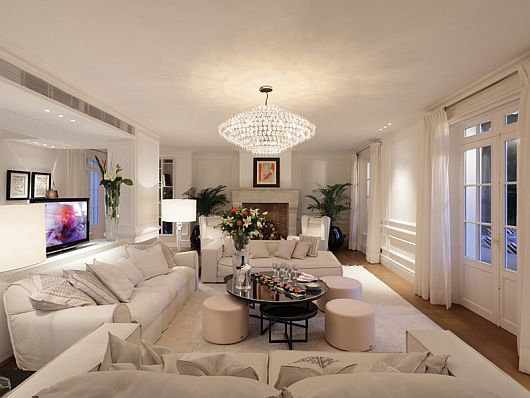 Stunning chateau st tropez mixes privacy sheer luxury on - Idees decoration interieur appartement ...