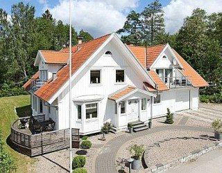 Cozy Home Interior Design in Sandareed, Sweden