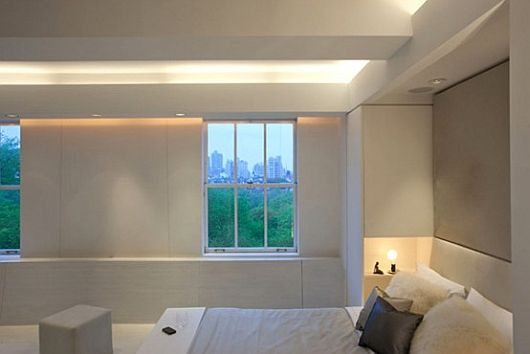 Contemporary Apartment With LED Mood Lighting 6
