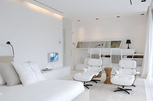 Exquisite All White Sotogrande House