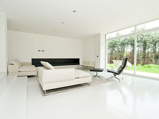 Sleek White Contemporary Villa in Madrid