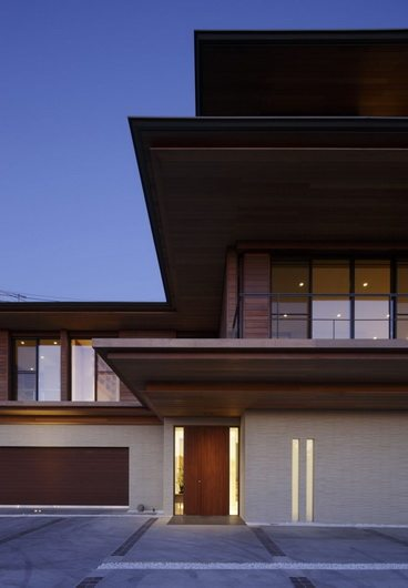 t residence 11 T Residence by Kidosaki Studio   elegance and traditional symbolism