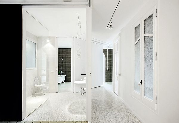 White Renovated Apartment in Barcelona 3