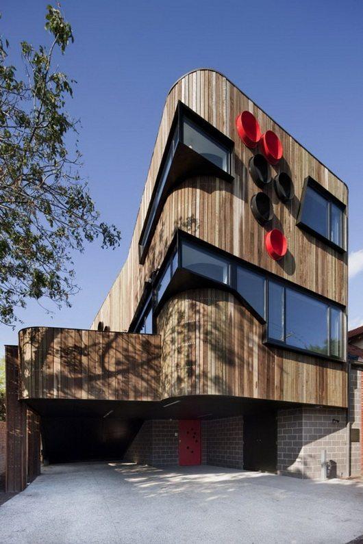 ormond 3 Self sustainable Ormond Esplanade House modern to post modern