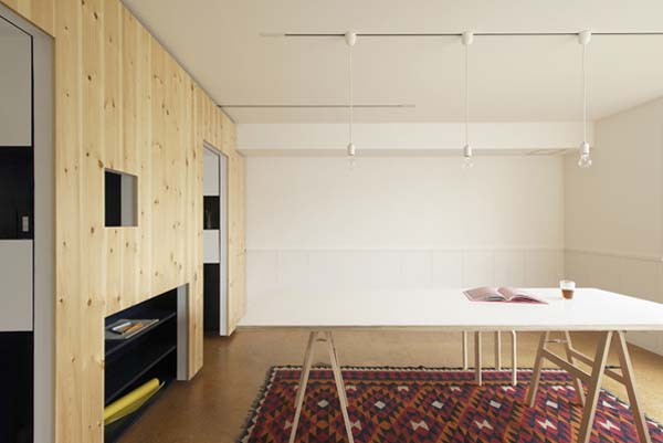 002 Transforming a small apartment into a home office/living space hybrid