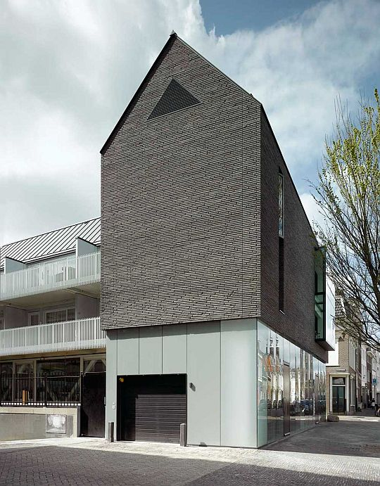 Black House by Bakers Architecten 5