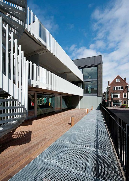 Black House by Bakers Architecten 7