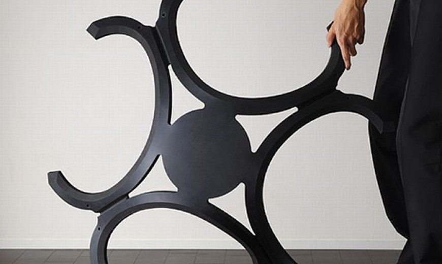 Eco-friendly rubber chair unfolds for quick storage