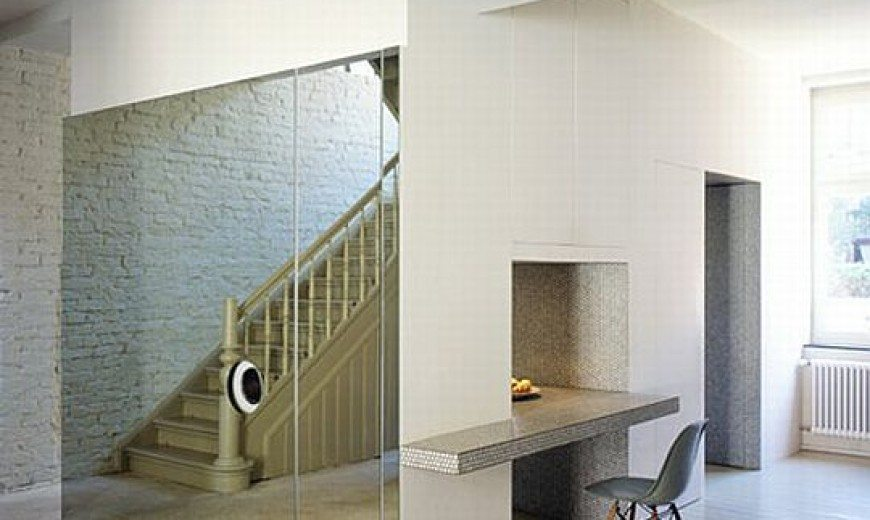 An old railway house transformed into a modern residence
