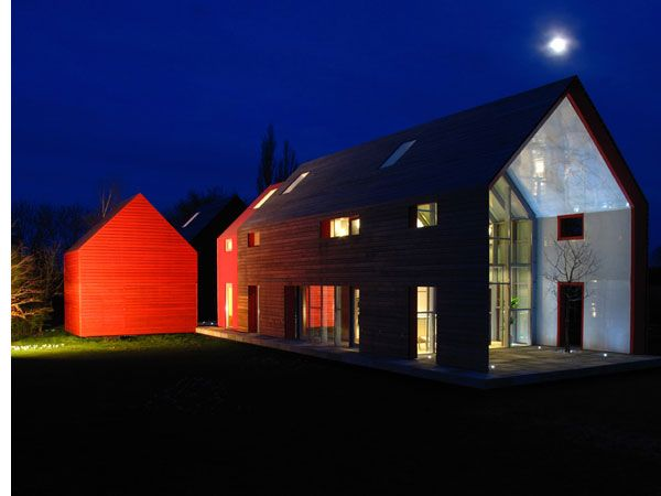 Modern barn house slides for different panoramas for Modern barn house floor plans