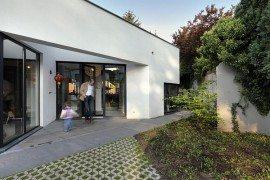 Modern Villa Eindhoven hidden from view