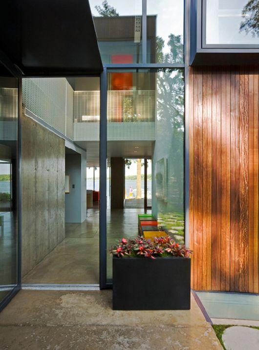 Modern-Wooden-House-On-Lake-Okoboji-10