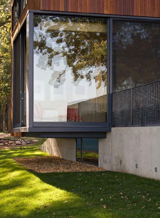Modern-Wooden-House-On-Lake-Okoboji-13