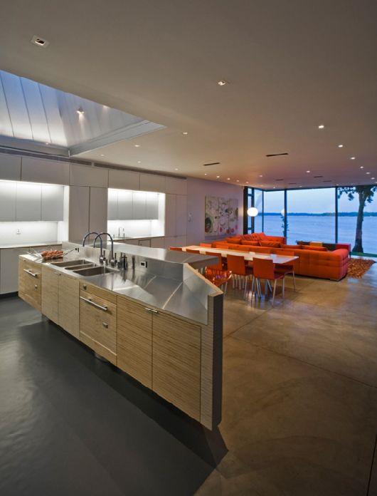 Modern-Wooden-House-On-Lake-Okoboji-6