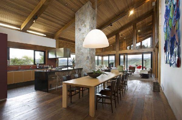 Weekend Getaway Mountain House in Brazil 19