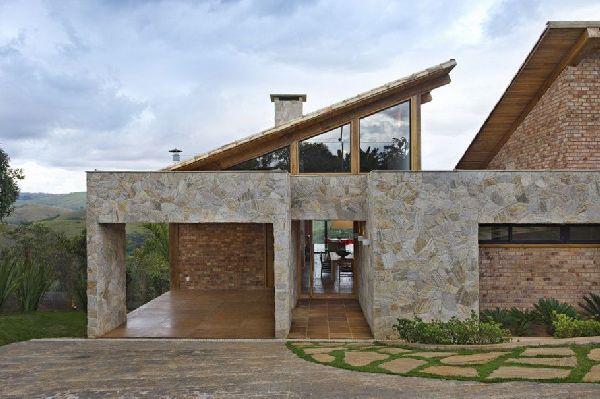 Weekend Getaway Mountain House in Brazil 8
