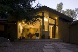 Surprising renovation of an 80`s home in California