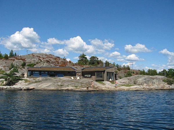 Buholmen Cottage by SKAARA Arkitekter AS 2 Small Contemporary Cottage on the Shore in Norway (Buholmen Cottage by SKAARA Arkitekter AS)