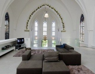 Gothic style meets minimalism – Residential Church XL