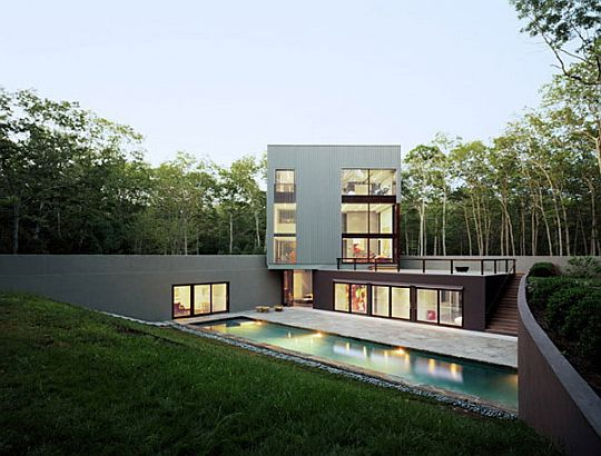 Home-in-the-middle-of-the-forest-1