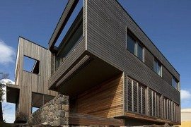 Wood Cladded Home by Farnan Findlay Architects (Port Fairy House 2)