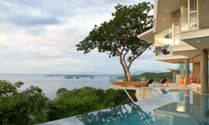 Amazing Tropical Villa (Casa Ron Ron) Encourages Outdoor Living