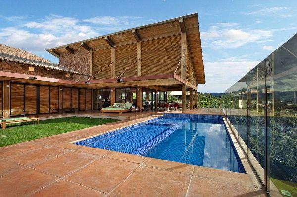 Weekend Getaway Mountain House in Brazil 1