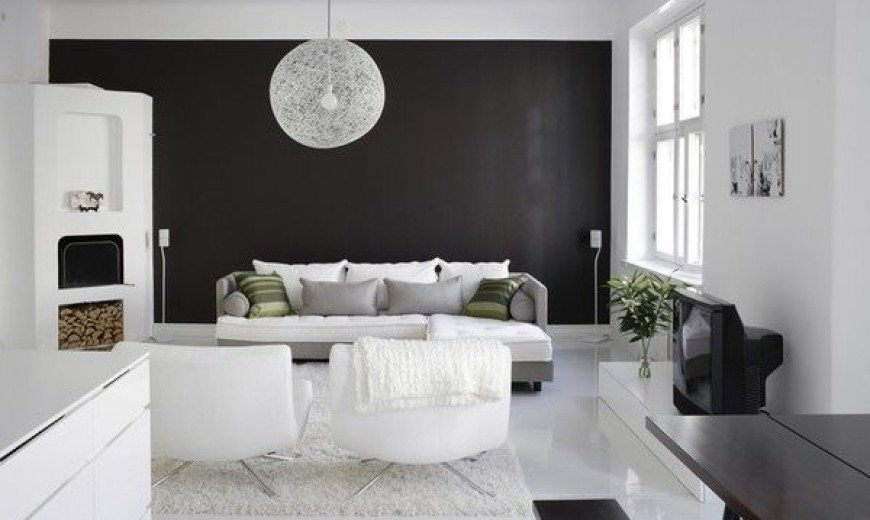 Stunning Minimalist Black & White Apartment